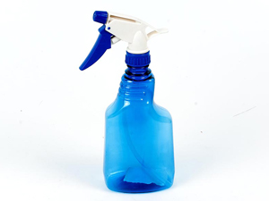 Пульверизатор с водой для усмирения кота